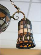 WISZĄCA LAMPA WITRAŻOWA TIFFANY - zdjęcie 3