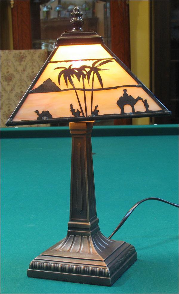 LAMPA WITRAŻOWA TIFFANY 39 CM AFRYKA