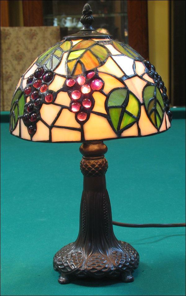 LAMPA WITRAŻOWA TIFFANY 33 CM  WINOGRONA
